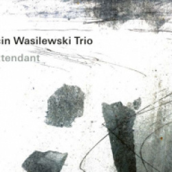 Ötlet, van bőven  //  Marcin Wasilewski  – En attendant